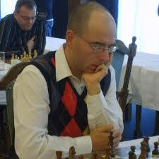 Klubbens stormester i sjakk Mihajlo Stojanovic