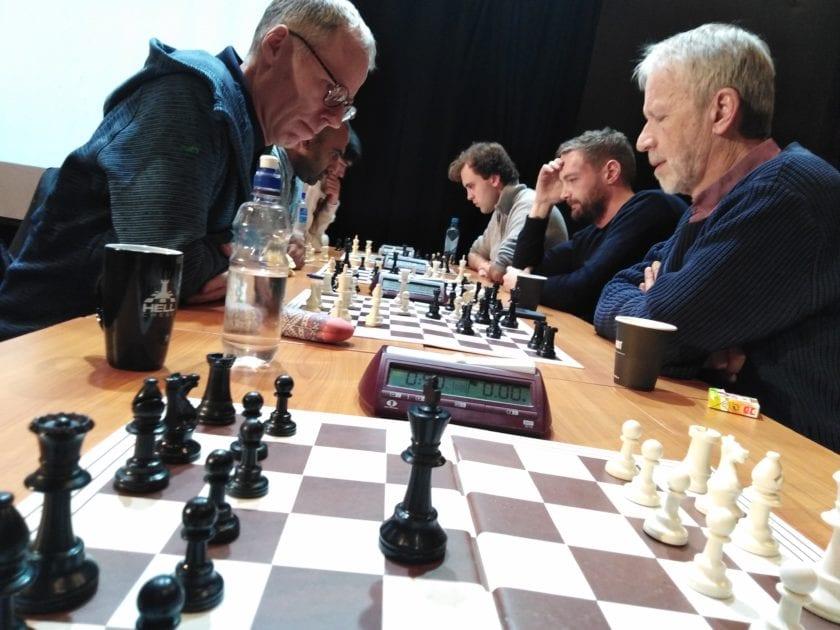 Sjakk i Trondheim - Lagkamp mellom TSF og Hell.