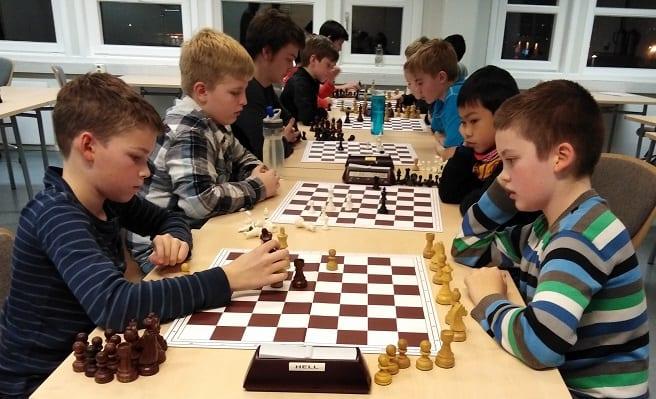 Spille sjakk i Trondheim og Stjørdal - spillerutvikling Hell Sjakklubb