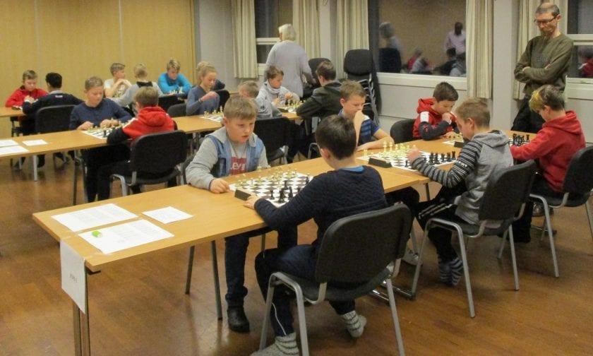 Lær sjakk - bli bedre i sjakk - norske sjakkbøker!