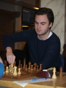 Hell Sjakklubb sin andrebordspiller FM Eivind Olav Risting.