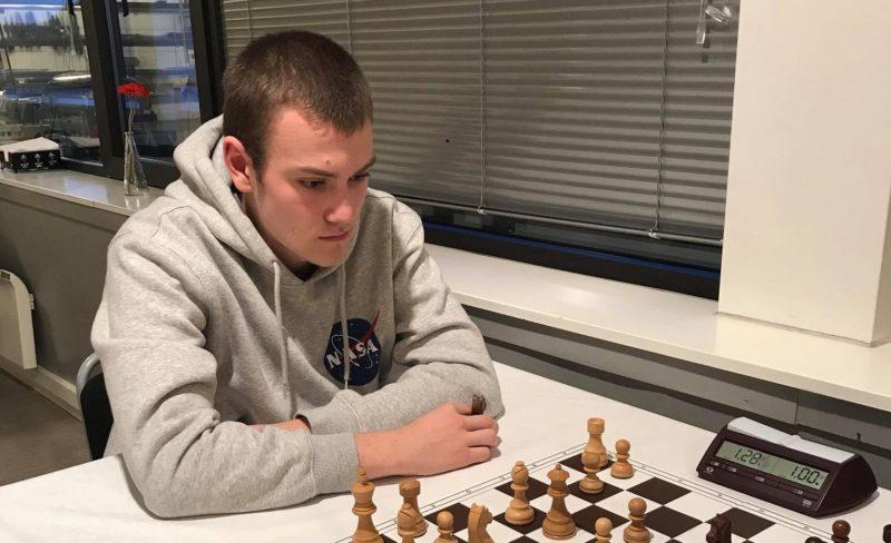 The Lewis Chessmen Blitz 1 – 3